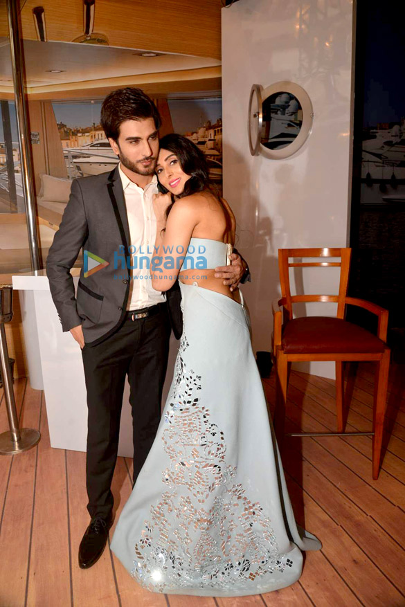 Pernia Qureshi Imran Abbas Snapped At Amazon India Couture Week 2015