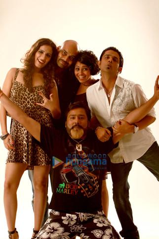 Disha Arora, Manish Srivastav,Nishant Lal, Manasi Rachh, Amit Sial