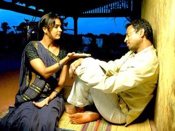 Movie Still From The Film Billu,Lara Dutta,Irrfan Khan