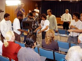 On The Sets Of The Film Swades Featuring Ashutosh Gowariker