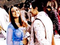 Movie Still From The Film Kal Ho Naa Ho Featuring Preity Zinta,Saif Ali Khan