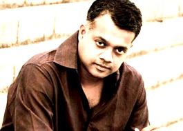Gautham Menon re-launches Aditya Roy Kapur in Assi Nabey Poore Sau