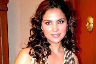 On The Sets Of The Film Banda Yeh Bindaas Hai Featuring Lara Dutta