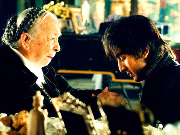 Movie Still From The Film Saawariya Featuring Zohra Sehgal,Ranbir Kapoor