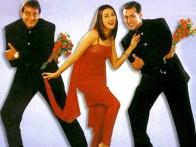 Movie Still From The Film Chal Mere Bhai Featuring Karisma Kapoor,Salman khan,Sanjay Dutt