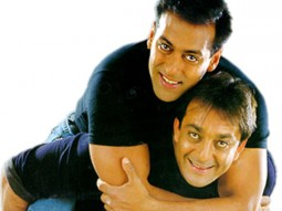 Movie Still From The Film Chal Mere Bhai Featuring Sanjay Dutt,Salman Khan