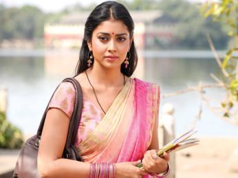 Movie Still From The Film Gali Gali Chor Hai,Shriya Saran