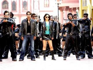 Movie Still From The Film Golmaal Returns,Tusshar Kapoor,Ajay Devgn,Kareena Kapoor,Shreyas Talpade