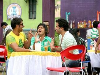 Movie Still From The Film Golmaal Returns,Ajay Devgn,Shreyas Talpade,Tusshar Kapoor