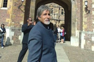 On The Sets Of The Film Teen Patti Featuring Amitabh Bachchan