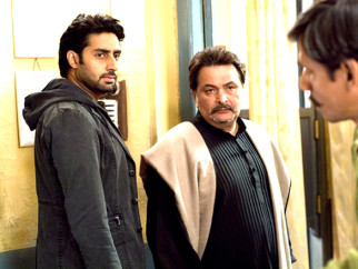 Movie Still From The Film Delhi-6,Abhishek Bachchan,Rishi Kapoor,Vijay Raaz