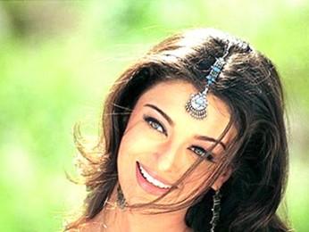 Movie Still From The Film Kuch Naa Kaho Featuring Aishwarya Rai