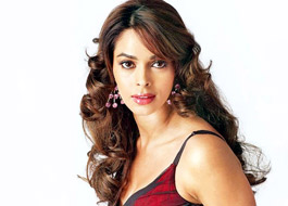 Mallika Sherawat becomes Vegan trainer