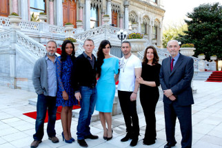 Photo Of Sam Mendes,Naomie Harris,Daniel Craig,Berenice Marlohe,Ralph Fiennes From The Skyfall's cast and crew arrive on location in Istanbul