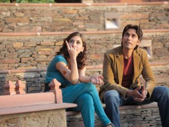Movie Still From The Film Challo Driver,Kainaz Motivala,Vickrant Mahajan