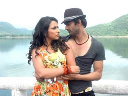 Movie Still From The Film Qayamat Hi Qayamat,Ester Noronha,Prakash Sagar