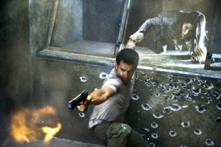 Movie Still From The Film Total Recall,Colin Farrell,Jessica Biel