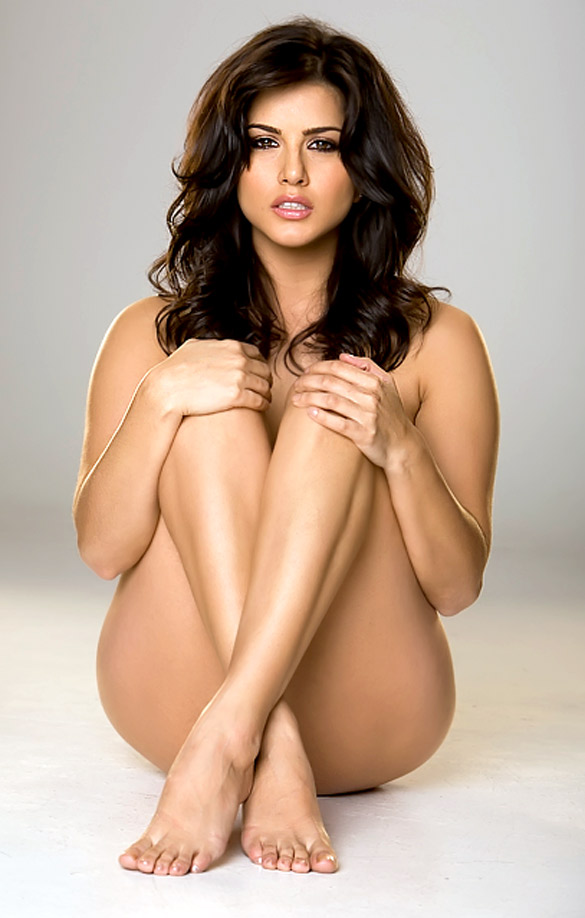 Sunny Leone Without Bikini