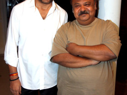 On The Sets Of The Film Love Kiya Aur Lag Gayi,Mukesh Tiwari,Saurabh Shukla