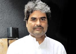 Big B aids Vishal Bhardwaj's shoot in Gujarat