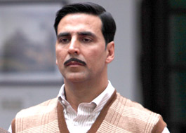 Akshay's innovative idea to start Special Chabbis promotions