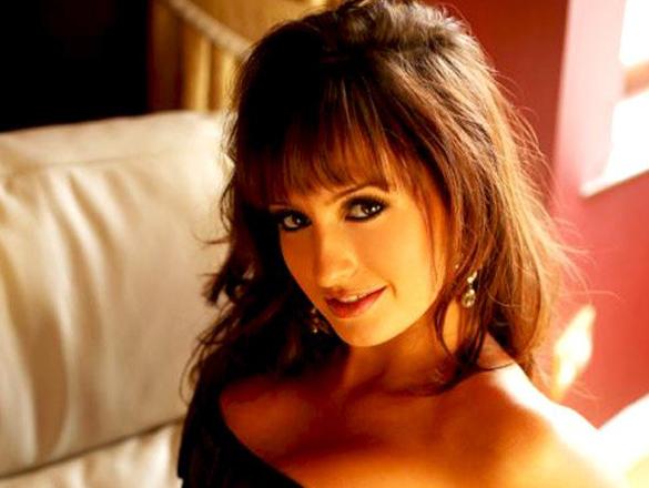 Celebrity Photo Of Lisa Lazarus