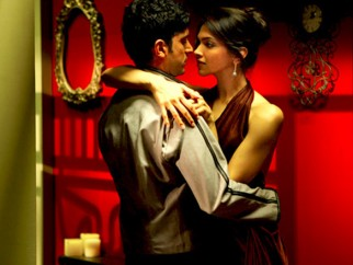 Movie Still From The Film Karthik Calling Karthik,Farhan Akhtar,Deepika Padukone
