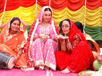 Movie Still From The Film Well Done Abba,Minissha Lamba,Ila Arun