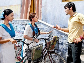 Movie Still From The Film Well Done Abba,Minissha Lamba,Sameer Dattani