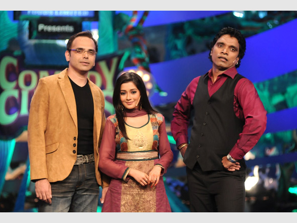 Photo Of Harsh Chhaya,Tina Dutta,Jimmy Moses From Ritesh and Jacqueline promote Aladin on Comedy Circus 3