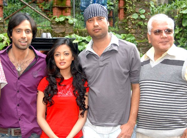 On The Sets Of The Fillim of Jennifer Featuring,Eddie Seth,Riya Sen,Tarique Khan,Suresh Bhagat
