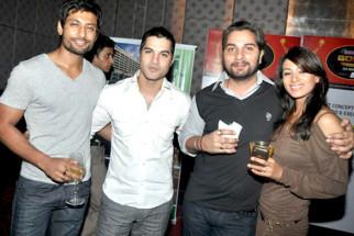 Photo Of Indraneel Sengupta,Vikas Sethi,Varun Badola,Barkha Bisht From The Top TV celebs rock 3rd Gold Awards 2010 announcement