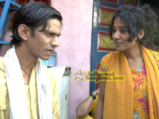 Movie Still From The Film Barah Aana Featuring Vijay Raaz,Tannishtha Chatterjee