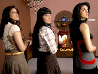 Movie Still From The Film Hello Darling,Eesha Koppikhar,Celina Jaitly,Gul Panag