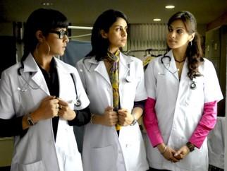 Movie Still From The Film Hello Darling,Celina Jaitly,Gul Panag,Eesha Koppikhar