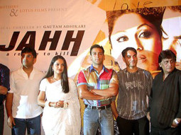 Photo Of Gracy Singh,Salman Khan,Arbaaz Khan From The Audio Launch Of Wajahh