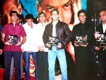 Photo Of Pritish Nandy,Kishen Kumar,Atul Agnihotri,K.C.Bokadia,Salman Khan,Shahrukh Khan From The Audio Release Of Hum Tumhare Hain Sanam