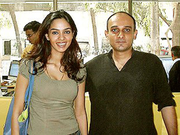 Photo Of Mallika Sherawat,Govind Menon From The Mallika Sherawat's Chat On IndiaFM