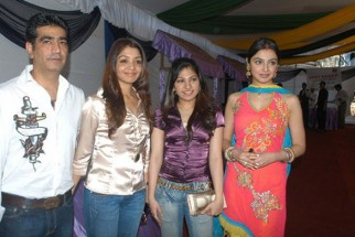 Photo Of Kishan Kumar,Tanya Kumar,Tulsi Kumar,Divya Khosla Kumar From The Launch Of Karzzzz