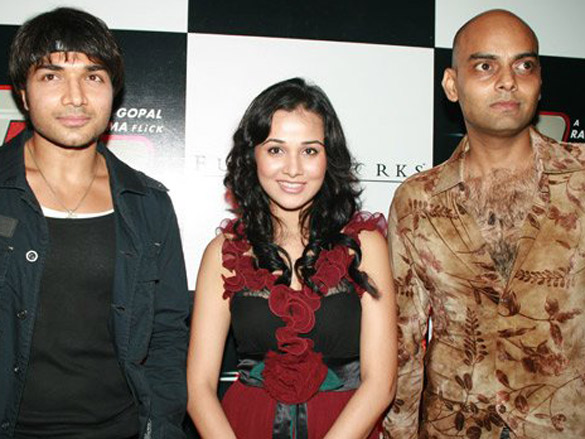 Photo Of Gautam Gupta,Nisha Kothari,Manish Srivastav From The Premiere Of Go