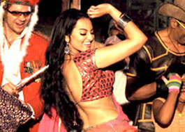 Sonakshi is the chosen one for item number in Joker