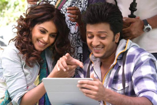 On The Sets Of The Film Tere Naal Love Ho Gaya Featuring Riteish Deshmukh,Genelia Dsouza,Om Puri,Tinu Anand,Smita Jaykar,Veena Malik