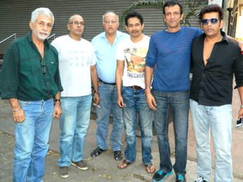 Photo Of Naseeruddin Shah,Hriday Shetty,Atul Kulkarni,Kay Kay Menon,Ravi Kissen From The Team of 'Chaalis Chauraasi' at 98.3 FM Radio Mirchi