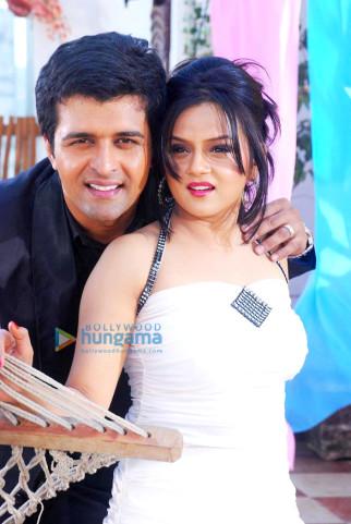 Sachin Shroff,Jayshri Soni