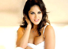 Sunny Leone in trouble over 'rape' tweet