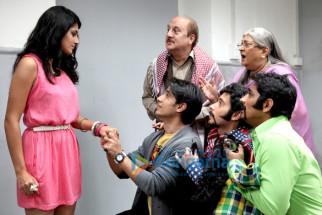 Tapsee Pannu,Ali Zafar,Anupam Kher,Bharti Achrekar,Divyendu Sharma,Siddharth