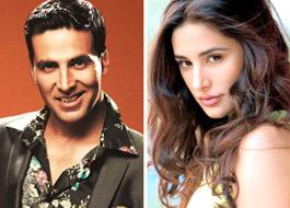 Akshay, Nargis in Shaukeen remake