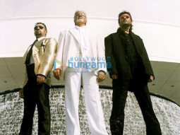 Movie Still From The Film Boom Featuring Gulshan Grover,Amitabh Bachchan,Jackie Shroff