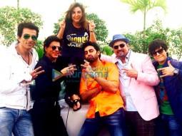 Sonu Sood, Shah Rukh Khan, Farah Khan, Abhishek Bachchan, Boman Irani, Vivaan Shah