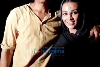 Nagesh Kukunoor, Flora Saini